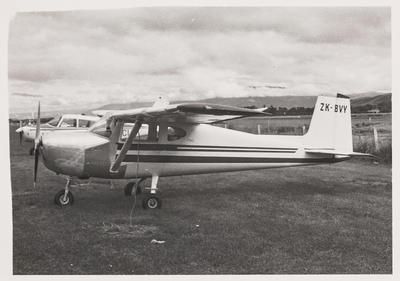 [ZK-BVY Cessna 150 photograph]
