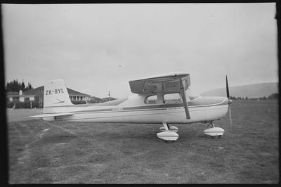 620 Taieri 20.9.69 [ZK-BYL Cessna 150A]
