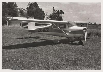 [ZK-BZX Cessna 150 photograph]