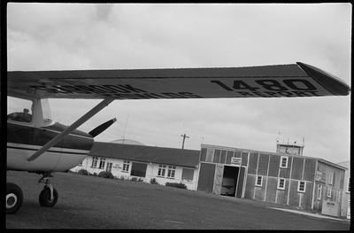 35a Ardmore 4.11.69 [ZK-CKS Cessna 150F]