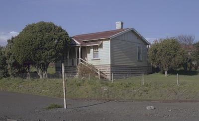 Photograph of Avondale railway station house