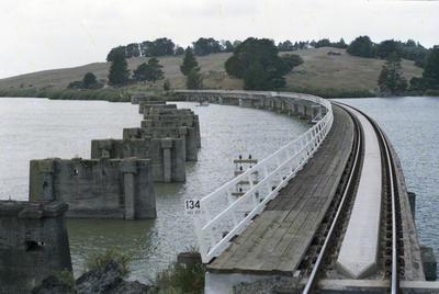 Photograph of Ranganui rail bridge