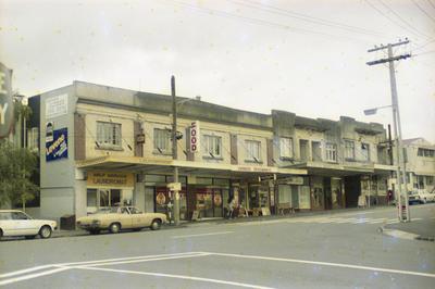 Photograph of buildings near Morningside station
