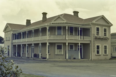 Photograph of Thames hotel