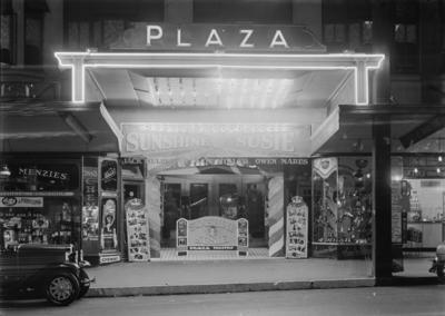 Plaza Theatre; John McGuire; Illingworth (Firm); 1930s