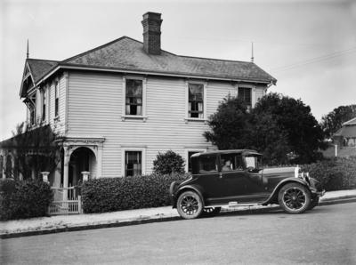 Victorian villa and 1925-1930 Buick (Doctors) Coupe