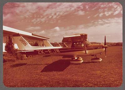 [ZK-EJW Cessna 152 photograph]