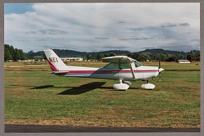 ZK-NEI Cessna 152 II 16.1.94 Ardmore