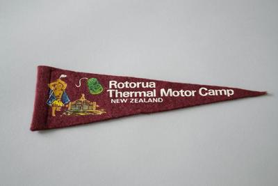 Car Pennant/Flag [Rotorua Thermal Motor Camp]