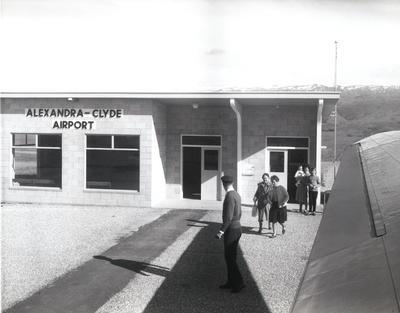 Alexandra-Clyde airport