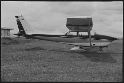 31, 32. 16.10.70 Ardmore [ZK-CXN Cessna 172K]