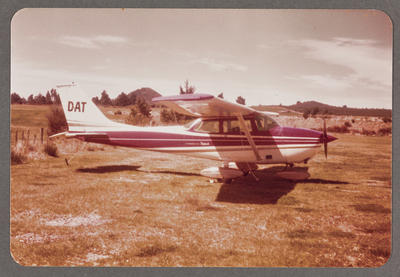ZK-DAT Cessna 172 Skyhawk 8.10.81 Taupo