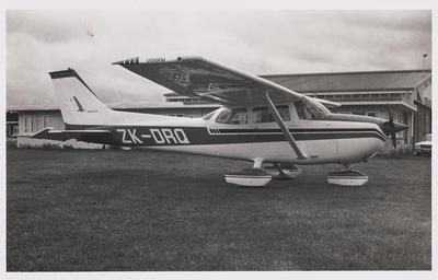 [ZK-DRQ Cessna 172M photograph]