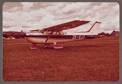 ZK-EJI Cessna 172 Hawk XP II 29.12.79 Ardmore