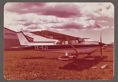 Cessna 172 Hawk XP II ZK-EJI 25.3.77 Ardmore