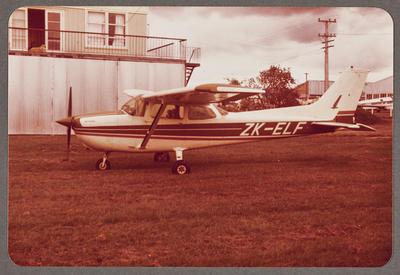 ZK-ELF Cessna 172 Skyhawk 22.10.81 Rukuhia