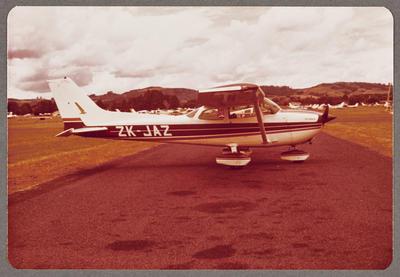 ZK-JAZ Cessna 172 Skyhawk 29.12.79 Ardmore