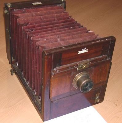 Camera [Exhibition Camera]