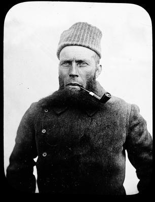 Portrait photograph of Otto Sverdrup