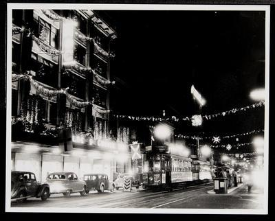 [Tram 217 at night in Auckland City at Queen Street outside Milne and Choyce Department Store]