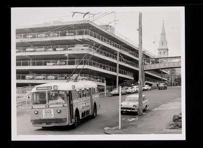 [Farmers Free trolley bus 46]