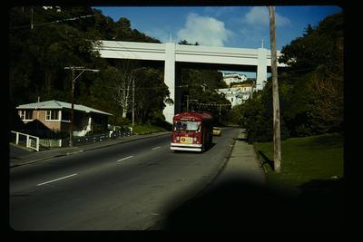Kelburn Route, Kelburn Viaduct Glenmore St