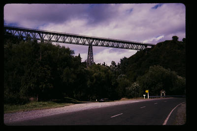 [Makohine Viaduct]