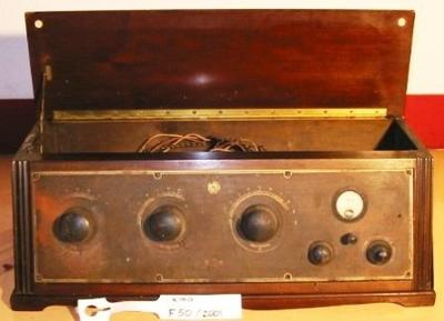 Radio (King Neutrodyne)