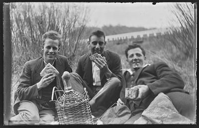 [Glass plate negative group picnic]