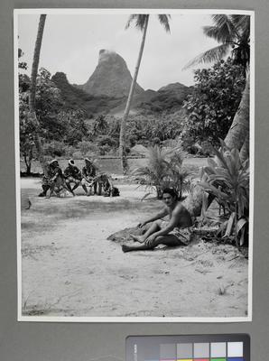 [Tahitian scene]