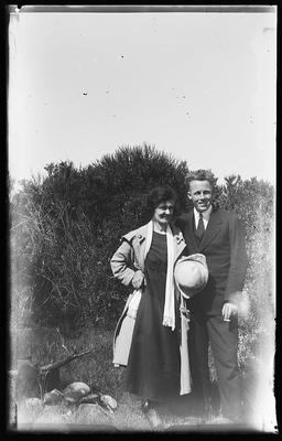 [Glass plate negative unknown man and woman]