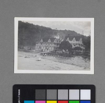 Waiwera Hotel from Wharf; Charles Boniface; 1920s-1940s