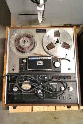 Tape Recorder (Akai)