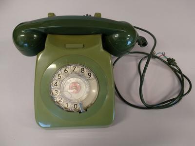 Telephone [Rotary dial]