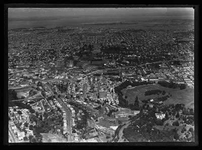 [Black and white glass plate negative aerial photograph of Auckland]