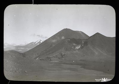 Tongariro (Red Crater) Ngaruhoe[sic], Ruapehu. New Zealand