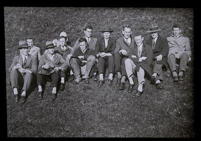 C. 950 Students, Mangere, 1929