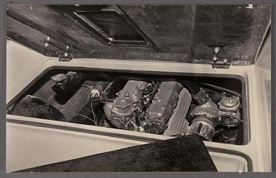 [Heron MJ1 engine in vehicle]
