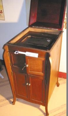 Cabinet - Phonograph