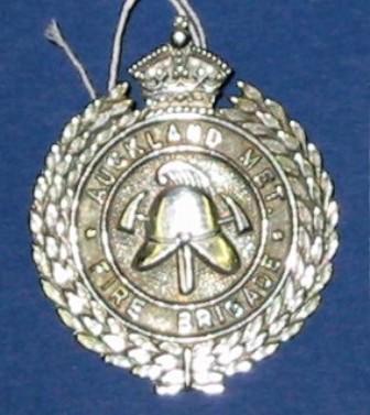 Badge [Auckland Metropolitan Fire Brigade]