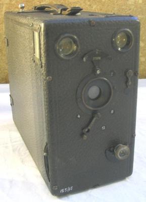 Camera [1/4 Plate Box Camera]