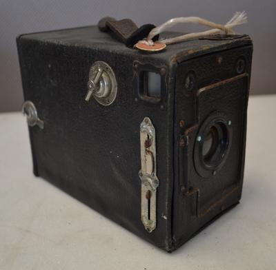 Camera [Box Ensign]
