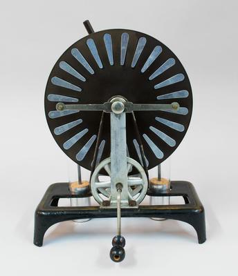 Electrostatic Generator [Wimshurst Machine]