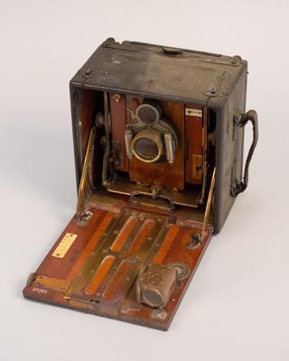 Camera [Sanderson Folding Plate]
