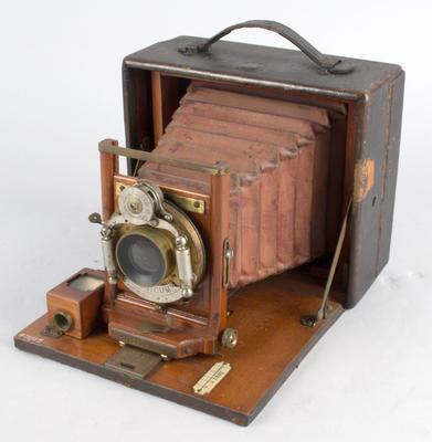 Camera [Pony Premo S.R. Folding]