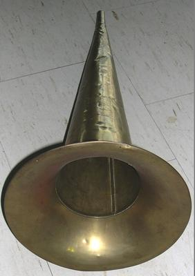 Gramophone horn